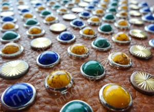 Lavorazioni Pietre e Cabochon Griffati - Cabochon and Stones Applications - Applications Pierres et Cabochons avec griffes